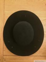 Hut mit Haken und Oesen zum Aufschlagen
