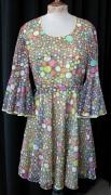 Flowerpower-Kleid mit Glockärmeln
