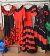 Spanierinnen Kleider