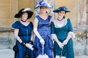 Belle Epoque Damenkleider