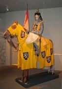 Ritter mit historischer Pferde Schabrake