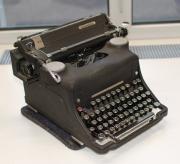 Schreibmaschine Olivetti 1948