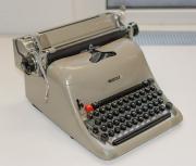 Schreibmaschine Olivetti 30er Jahre