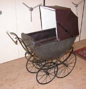 Kinderwagen Jahrhundertwende
