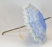 Schirm blau mit weissen Spitzen