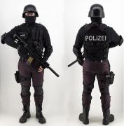 Sondereinheit Uniform mit Ausrüstung