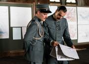 Divisionär Sonderegger mit Adjutant