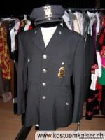 Amerikanischer-Polizist-Uniform