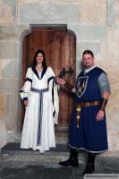 Von uns auf Mass hergestellte Mittelalterkostüme für Braut und Bräutigam