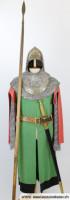 Mittelalter Kostüm mit Helm und Lanze